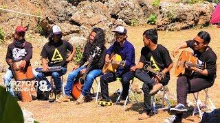 Download Mp3 Dinda Dimana Acoustic Pengamen Jos The Gendhot