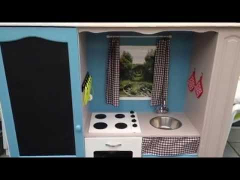 transformer un meuble tv en cuisine pour enfant youtube. Black Bedroom Furniture Sets. Home Design Ideas
