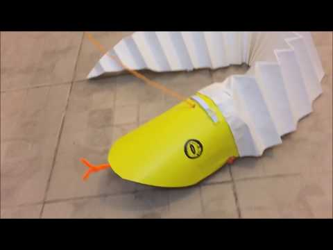 HOW TO MAKE A MOVING PAPER SNAKE | Toys From Trash |  RECYCLED ARTS AND CRAFTS-36