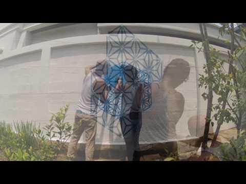 """""""Singularity"""" Flower of life graffiti timelapse by Grafficil"""