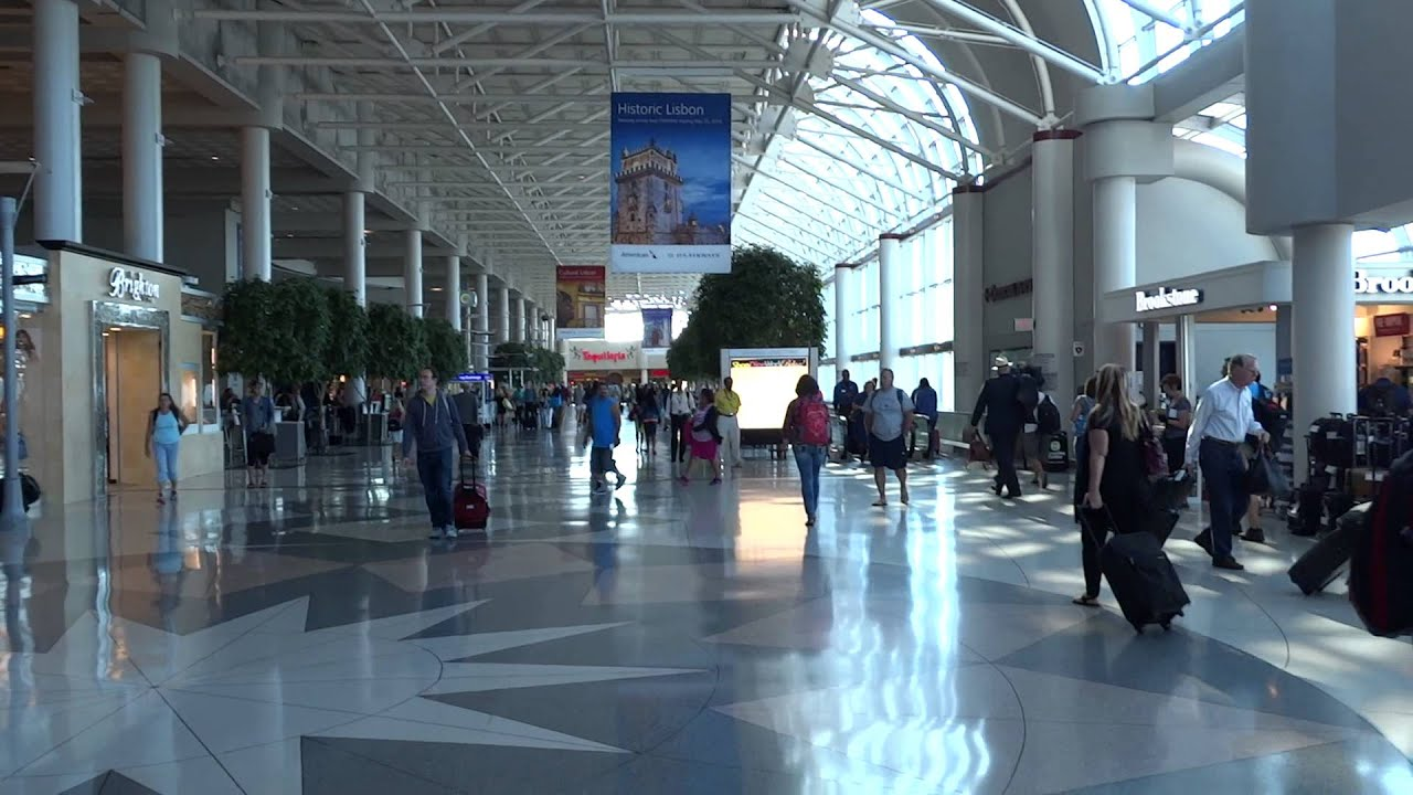 Inside The Charlotte Douglas International Airport North ...