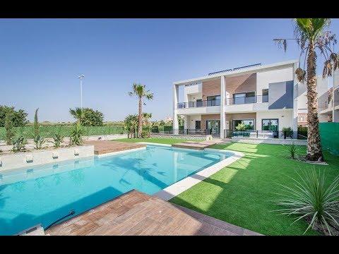 Apartments & townhouses in El Raso, Guardamar