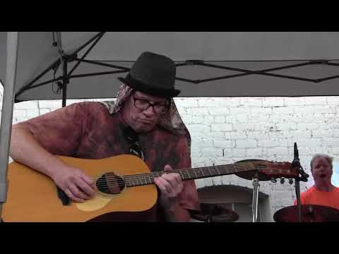 """Top Dead Center """"Stuck Inside Of Mobile With The Memphis Blues Again"""" (5/19/18)"""