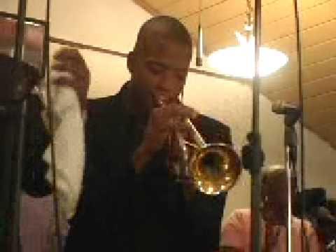 Glen David Andrews, Trombone Shorty playing We Wil...