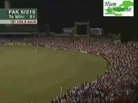 Shahid Afridi LONGEST SIX (120 METERS) at Melbourne 2007.mp4 Travel Video