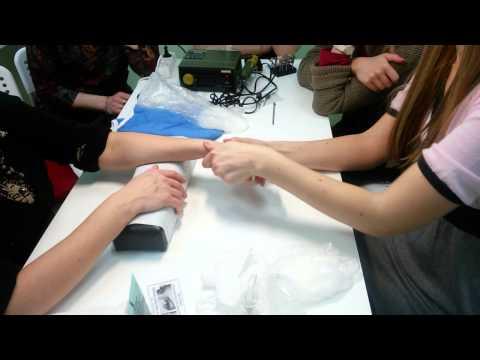 Активные точки на ладони, массаж кистей рук, болезни по руке