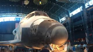 Discovery Space Shuttle National Air and Space Museum. Huge!