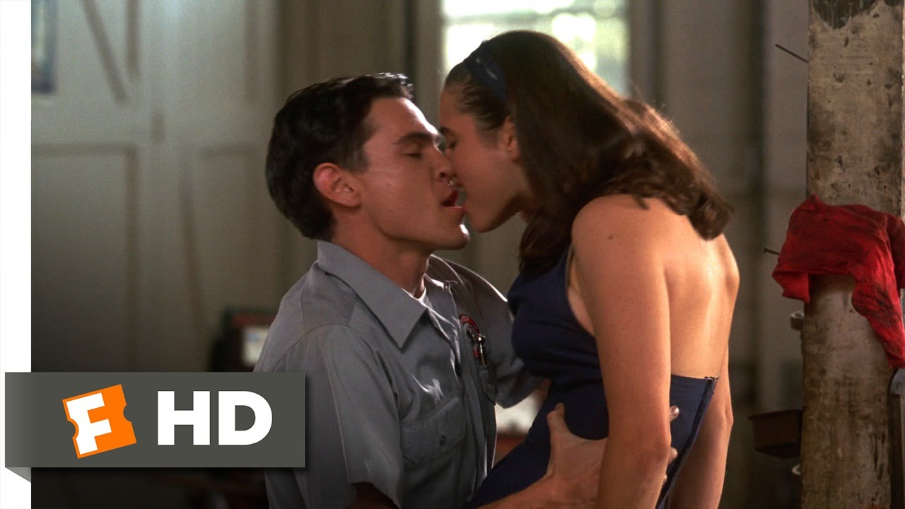 Jennifer connelly kiss 11