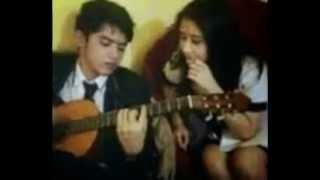 Download Video Kemesraan Prilly Dan Aliando terrekam Kamera   Ganteng Ganteng Srigala MP3 3GP MP4
