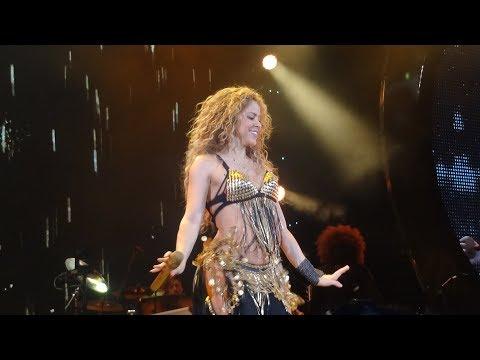 Shakira - Whenever Wherever (Live in Paris - El Dorado World Tour AccordHotels Arena) HD