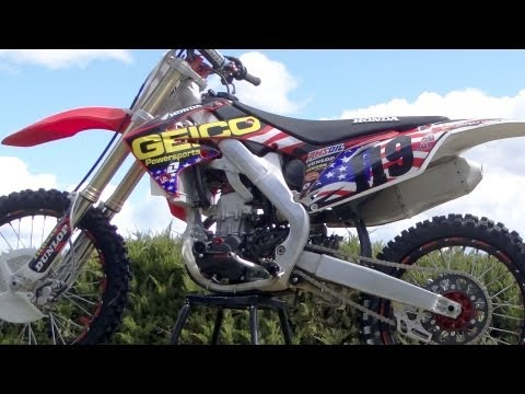 Geico Honda MXON USA Graphics Installation Time Lapse on Honda CRF250R