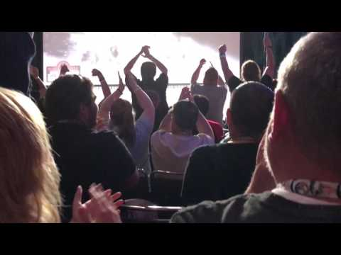 RAWR! NATION VLOGS: Star Wars Celebration Day 4 (Mark Hamill panel and Closing Ceremony)