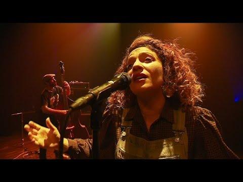 Musique : Emna lance la saison du Silex