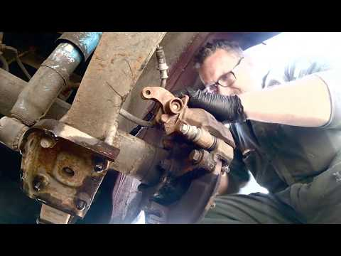 Isuzu Trooper Rear Suspension Leaf Spring Shock Overhaul