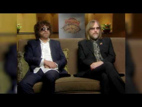 Jeff Lynne and Tom Petty On The Traveling Wilburys Collection (2CD/DVD)
