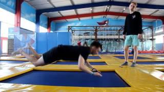 Рекомендации и обучение для начинающих освоение прыжков на батуте