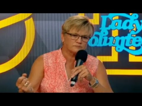 Lady Vols Coach Holds Press Conference On Loss Of Pat Summitt