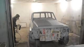 видео Покраска авто Раптором в Барнауле. Цены на услуги покраски автомобиля защитной краской Raptor