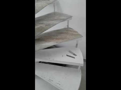 ESCADA CARACOL MARMORE VINILICOS ESTALACAO. - YouTube