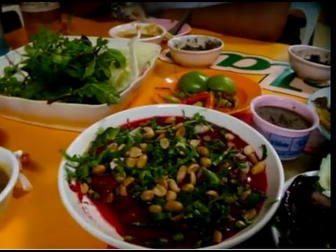 Lao street food, Eating Lao food at night time, Asian food