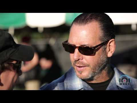 Social Distortion - Interview with 101WKQX - Riot Fest 2014