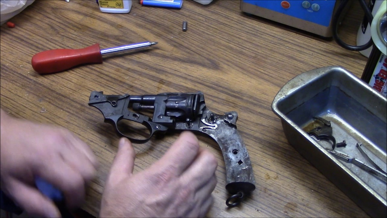 Download French Model 1892 revolver part 1