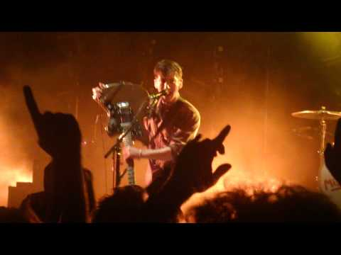 Arctic Monkeys Playing When The Sun Goes Down In Perth 2012