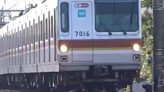 東京メトロ7000系7116F通過菊名4号踏切通過