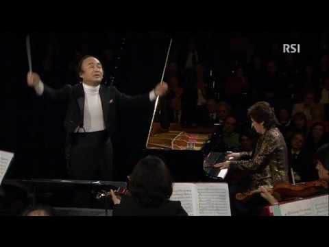Cristina Ortiz (piano) performs Prokofiev