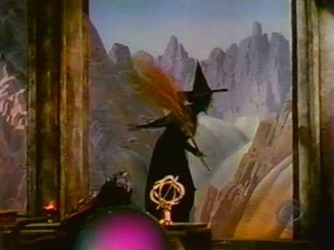The Wicked Witch of the West Flies to Emerald City