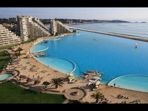 La piscina pi grande del mondo youtube for La villa piu grande del mondo
