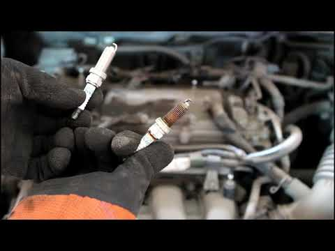 Замена свечей зажигания на Тойота Королла 2008 1,6 Toyota Corolla