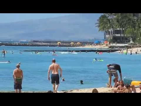 Waikiki Walking Tour  October 2016, Uluniu Ave to Ohua ave along Kalakaua ave...