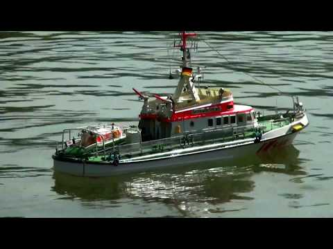 BEST OF RC SUPER SCALE SHIP AWESOME MODEL