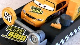Pit Stop launchers Octane Gain #58 race-off Billy Oilchanger Disney Cars Pixar Mattel
