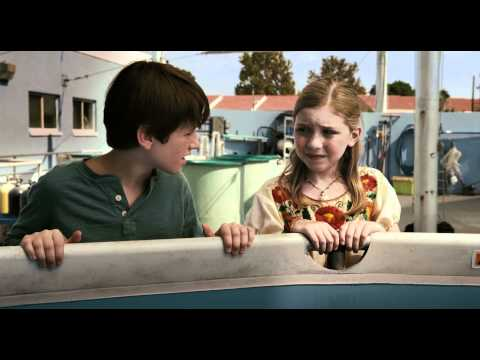 Dolphin Tale trailers