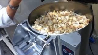 Garlic peeler