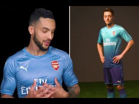 ce0f9334981 Arsenal 2017 18 Away   3rd Kit Review