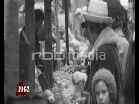 Supply of goods in East and West Berlin 1962