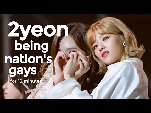 2yeon (Nayeon x Jeongyeon) being nation's gayest couple for 10 minutes straight