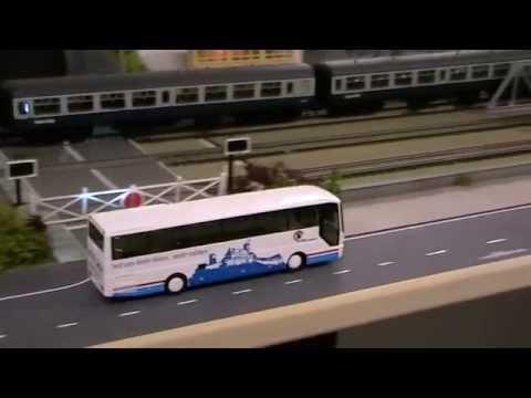 Faller road building with UK model railways