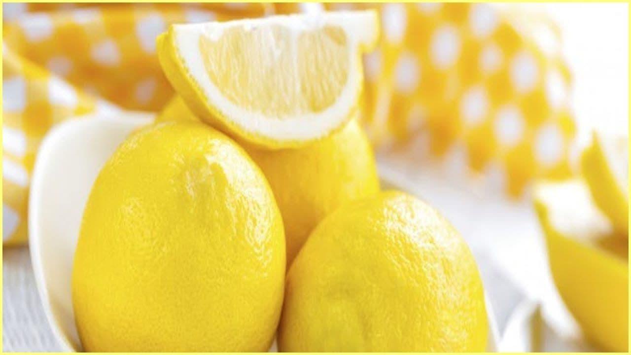 L'eau au citron aide-t-elle vraiment à perdre du poids