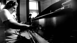 Dani & Debora Gurgel Quartet   Quiet Little Lady