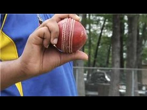 Cricket : How to Bowl an Off Spin Delivery in Cricket