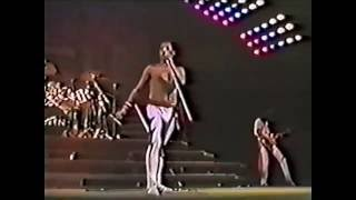 18. Another One Bites The Dust (Queen In Rio: 12/1/1985) [Filmed Concert]