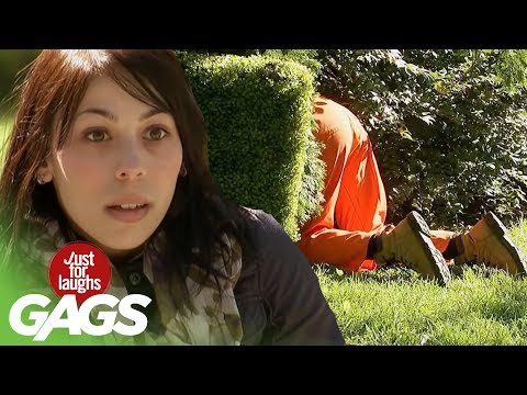 Cop Mistakes Gardener for Escaped Convict - Just For Laughs Gags