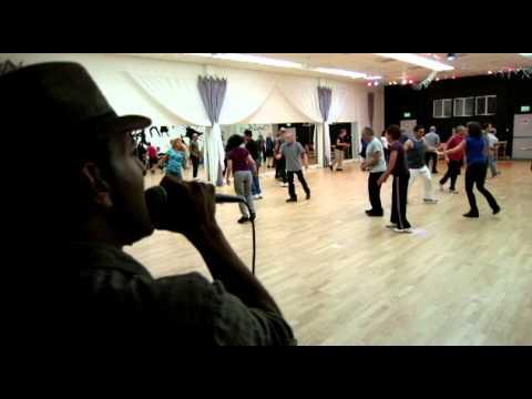 Sagiv Cohen Singing Baderech Elayich At Dalya Dallal's Israeli Folk Dance Session In San Diego