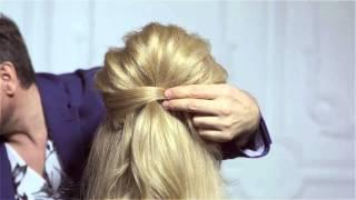 видео Прически с начесом на длинные волосы