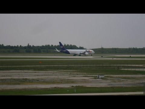 Indianapolis International Airport Spotting July 11, 2015 FedEx kicking it in gear!
