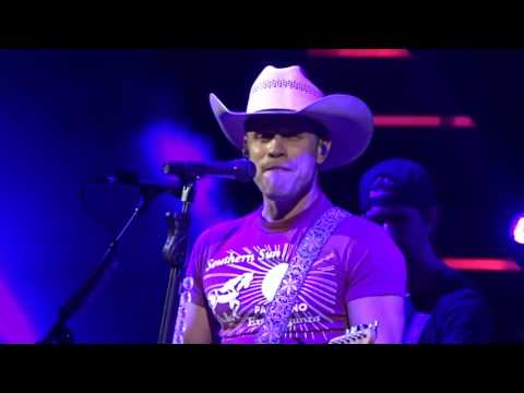 Dustin Lynch - New Music - Love Me or Leave Me Alone - Wilkes Barre PA 12/3/16
